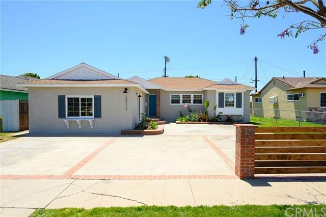 15715 S Haskins Avenue, Compton, CA 90220 (#DW21128736) :: Hart Coastal Group