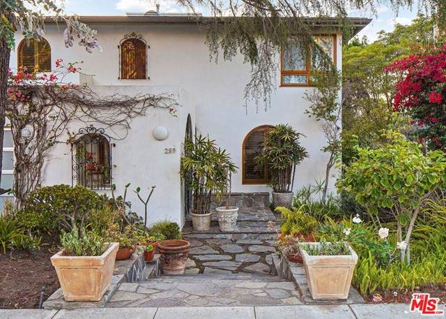 259 Mabery Road, Santa Monica, CA 90402 (#21748630) :: Bob Kelly Team
