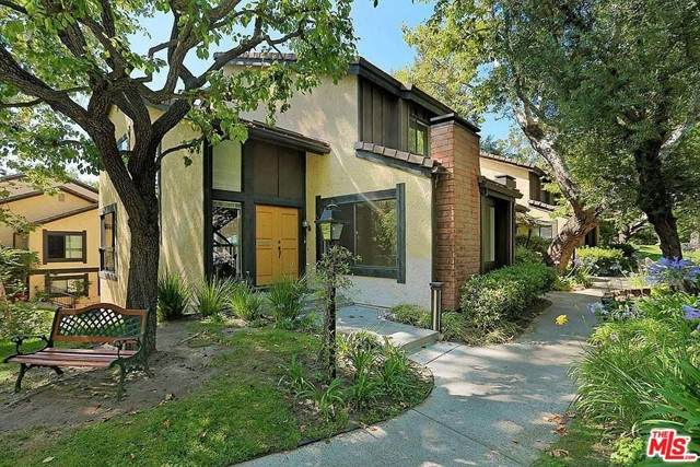 4908 Tara Terrace, Culver City, CA 90230 (#21748104) :: Mint Real Estate