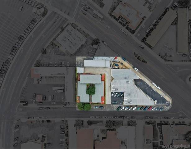 5111 Wilson St & 8870-78 La Mesa Blvd, La Mesa, CA 91942 (#210016471) :: Berkshire Hathaway HomeServices California Properties