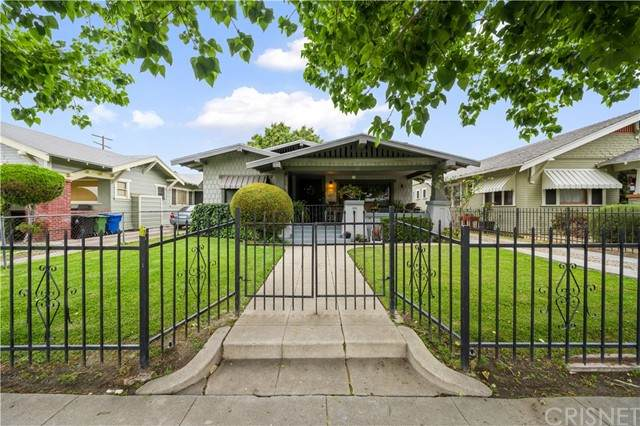 1749 W 42nd Place, Los Angeles (City), CA 90062 (#SR21127524) :: Powerhouse Real Estate