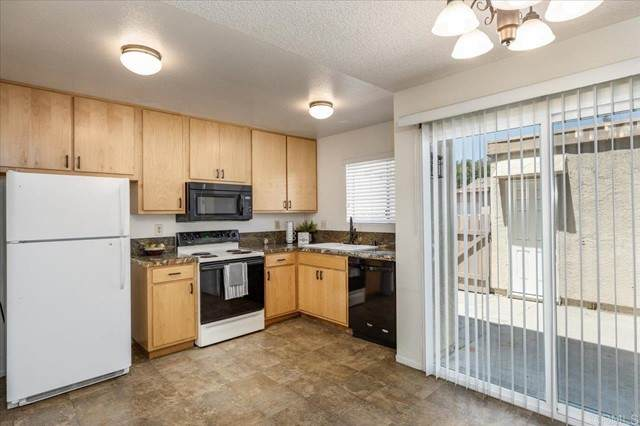 1606 Grandon Road, San Marcos, CA 92078 (#NDP2106886) :: Berkshire Hathaway HomeServices California Properties