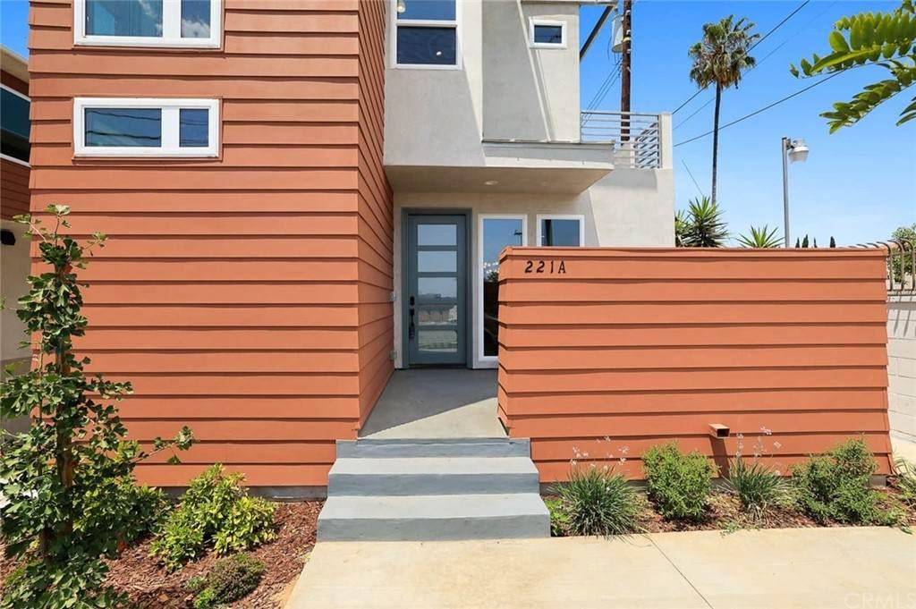 221 S New Avenue A, Monterey Park, CA 91755 (#AR21127857) :: Berkshire Hathaway HomeServices California Properties
