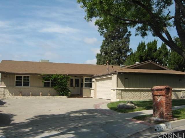 22172 Barbacoa Drive, Saugus, CA 91350 (#SR21128287) :: Hart Coastal Group