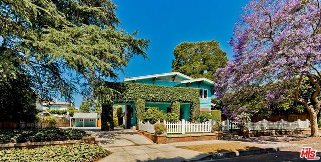 1547 N Sierra Bonita Avenue, Los Angeles (City), CA 90046 (#21748892) :: Berkshire Hathaway HomeServices California Properties