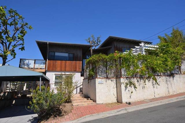 4667 Pomona Ave, La Mesa, CA 91942 (#210016493) :: Berkshire Hathaway HomeServices California Properties