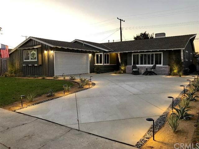 268 Bucknell Road, Costa Mesa, CA 92626 (#TR21129497) :: Berkshire Hathaway HomeServices California Properties