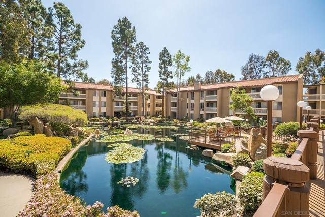 4600 Lamont St 4-307, San Diego, CA 92109 (#210016511) :: Berkshire Hathaway HomeServices California Properties