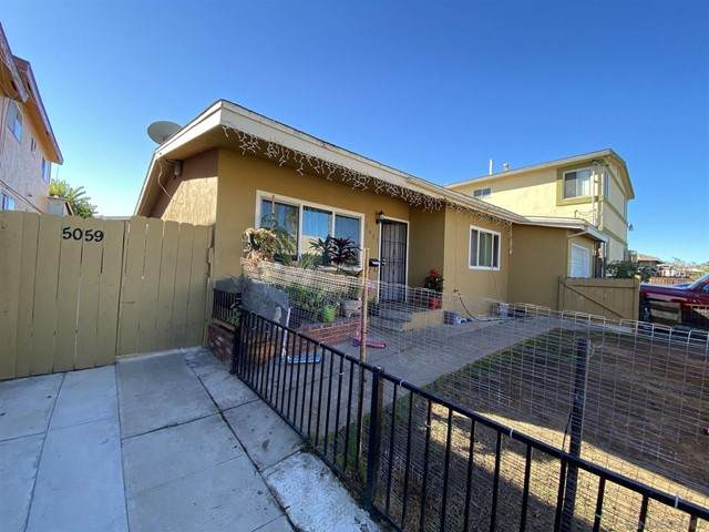 5057 5059 Sterling Court, San Diego, CA 92105 (#210016513) :: Berkshire Hathaway HomeServices California Properties