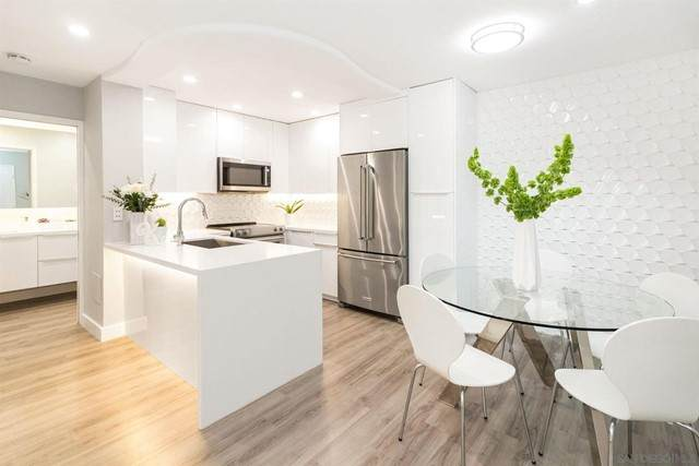 1775 Diamond St 1-102, San Diego, CA 92109 (#210016524) :: Berkshire Hathaway HomeServices California Properties