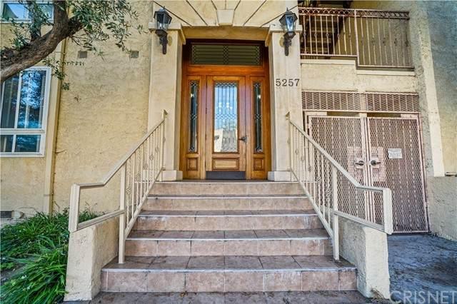 5257 Radford Avenue #104, Valley Village, CA 91607 (#SR21129880) :: Berkshire Hathaway HomeServices California Properties