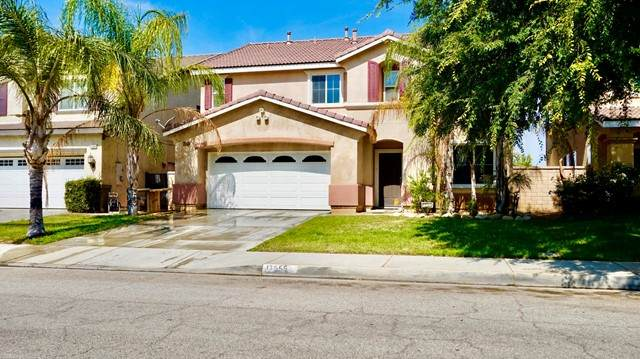 17555 Camino Sonrisa, Moreno Valley, CA 92551 (#219063584DA) :: Berkshire Hathaway HomeServices California Properties