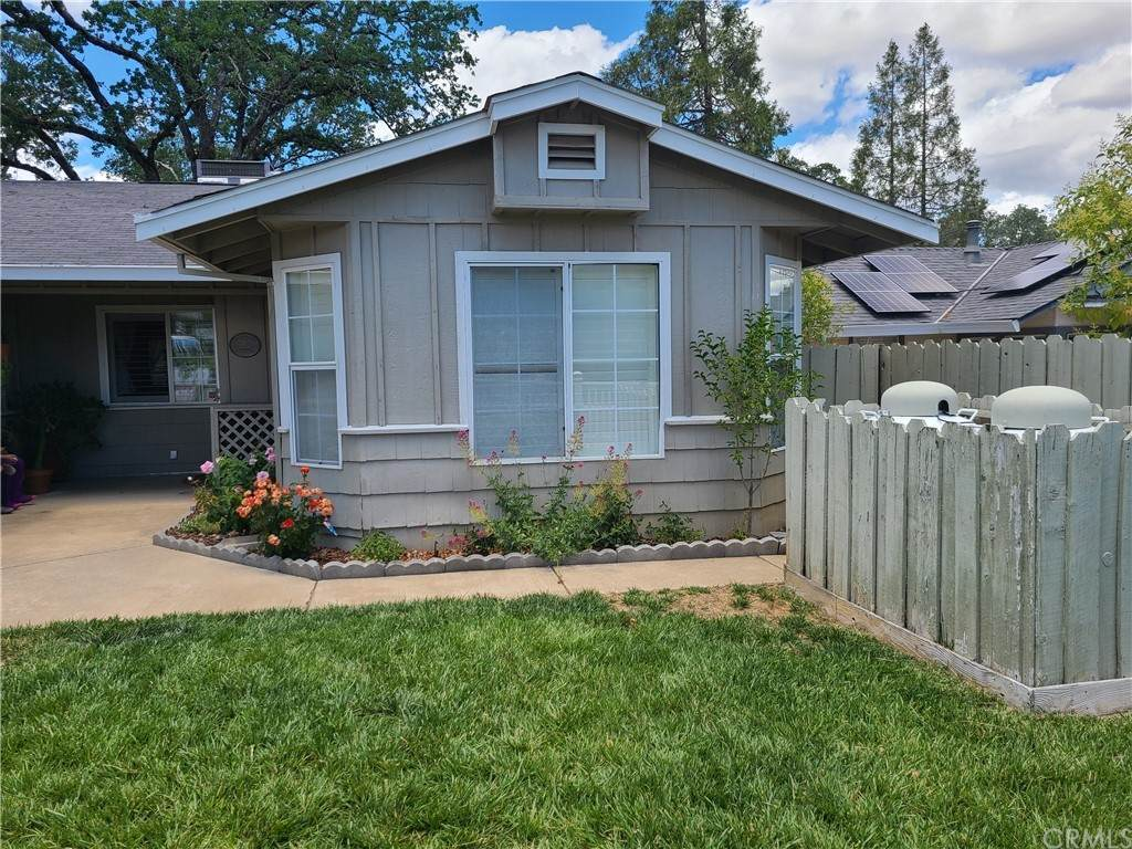 580 Forest Drive, Lakeport, CA 95453 (#LC21128822) :: Z REALTY