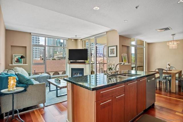 1199 Pacific Hwy #503, San Diego, CA 92101 (#210016563) :: Z REALTY