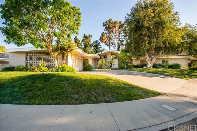 4149 Adlon Place, Encino, CA 91436 (#SR21129794) :: Z REALTY