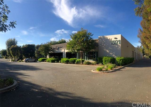 1921 Carnegie Avenue, Santa Ana, CA 92705 (#OC21130151) :: Team Tami