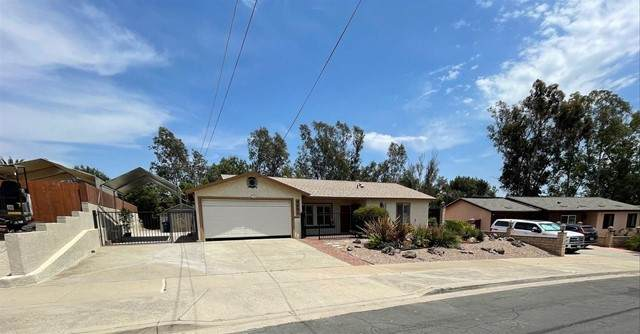 9881 Settle Road, Santee, CA 92071 (#210016577) :: Berkshire Hathaway HomeServices California Properties