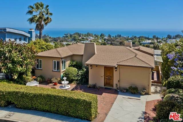 16576 Chattanooga Place, Pacific Palisades, CA 90272 (#21749294) :: RE/MAX Empire Properties