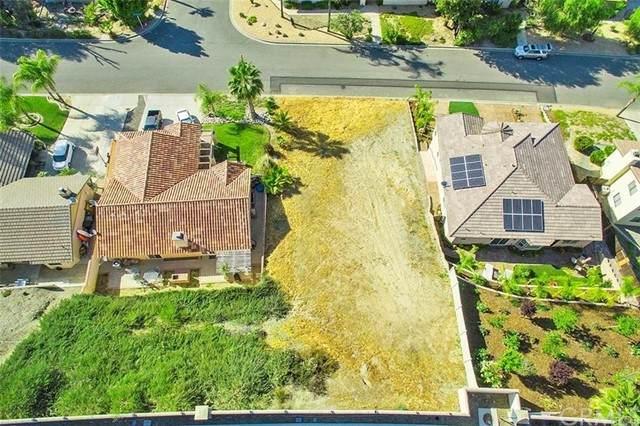 23845 Cruise Circle Drive, Canyon Lake, CA 92587 (#SW21118856) :: RE/MAX Empire Properties
