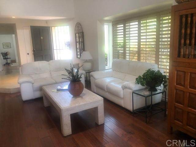 1525 Flair Encinitas Dr, Encinitas, CA 92024 (#NDP2106928) :: Powerhouse Real Estate