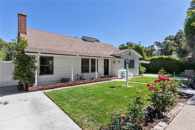 21217 Providencia Street, Woodland Hills, CA 91364 (#SR21123939) :: Zen Ziejewski and Team
