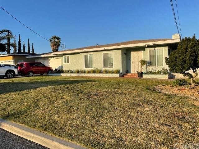 9851 Lombardy Avenue, Bloomington, CA 92316 (#RS21130377) :: Berkshire Hathaway HomeServices California Properties