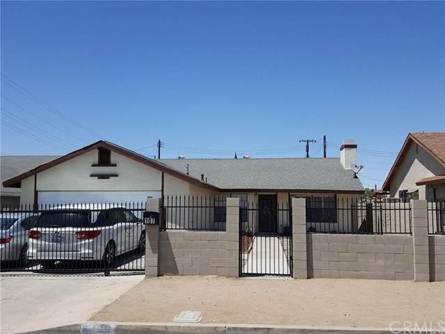 107 E Avenue Q7, Palmdale, CA 93550 (#OC21129929) :: The Kohler Group