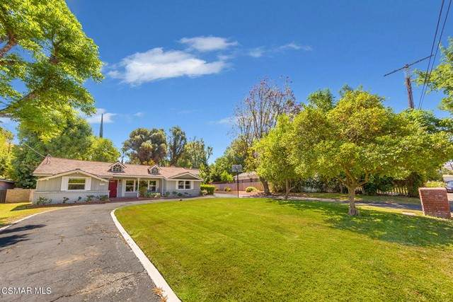 20521 Dumont Street, Woodland Hills, CA 91364 (#221003260) :: Team Forss Realty Group