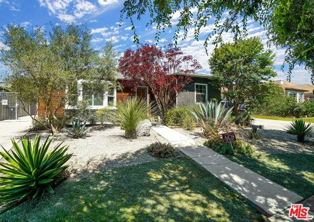 1915 S Crescent Heights Boulevard, Los Angeles (City), CA 90034 (#21748602) :: Necol Realty Group