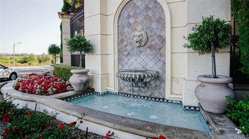 3160 Watermarke Place, Irvine, CA 92612 (MLS #IV21129939) :: CARLILE Realty & Lending