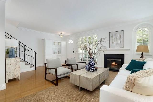 7492 Seabluff Drive #104, Huntington Beach, CA 92648 (#OC21130531) :: Mint Real Estate