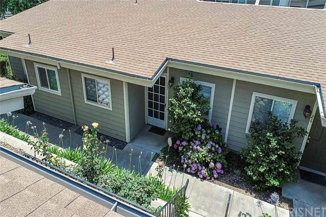 11377 Osborne Place #27, Lakeview Terrace, CA 91342 (#SR21125072) :: Steele Canyon Realty