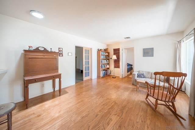 5316 W Falls View Dr, San Diego, CA 92115 (#210016727) :: Powerhouse Real Estate