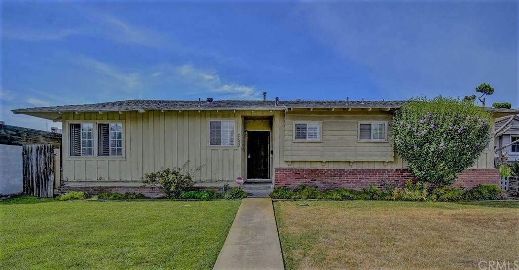 8852 Anthony Avenue, Garden Grove, CA 92841 (#OC21130588) :: Zen Ziejewski and Team