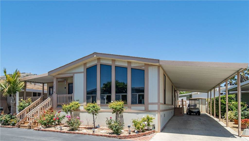 2275 W 25th Street #233, San Pedro, CA 90732 (#PW21131351) :: Team Forss Realty Group