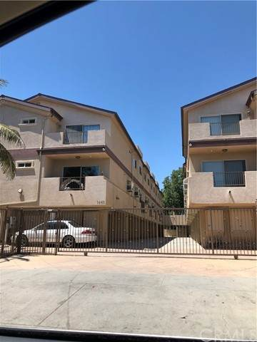 1445 W 224th Street #11, Torrance, CA 90501 (#PW21131396) :: Zember Realty Group