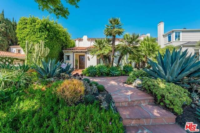 466 S Camden Drive, Beverly Hills, CA 90212 (#21747196) :: TeamRobinson | RE/MAX One