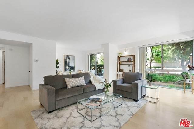 318 N Maple Drive #102, Beverly Hills, CA 90210 (#21736176) :: RE/MAX Empire Properties
