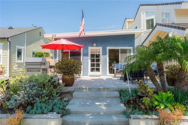 513 13th Street, Huntington Beach, CA 92648 (#OC21118072) :: Zen Ziejewski and Team