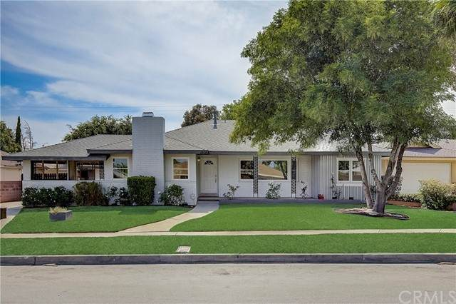 1464 N Mulberry Avenue, Rialto, CA 92376 (#IV21130555) :: Zember Realty Group