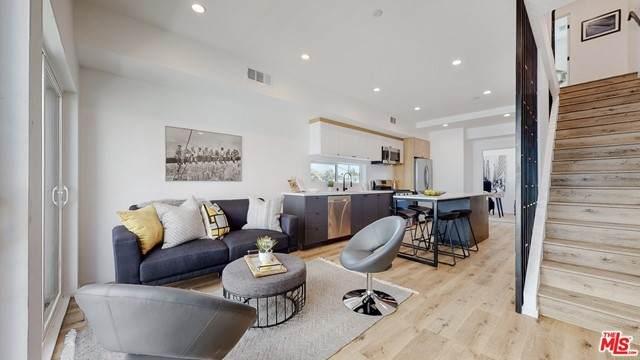2654 S Mansfield Avenue, Los Angeles (City), CA 90016 (#21749968) :: Blake Cory Home Selling Team