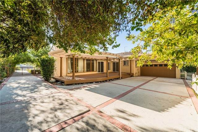 1235 Highland Oaks Drive, Arcadia, CA 91006 (#WS21122295) :: Zember Realty Group
