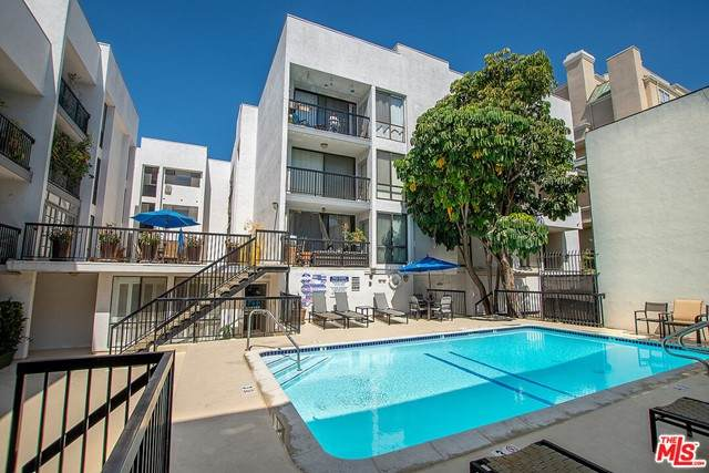 906 N Doheny Drive #510, West Hollywood, CA 90069 (#21750452) :: Powerhouse Real Estate