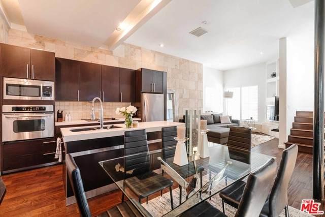 8740 Wonderland Avenue, Los Angeles (City), CA 90046 (#21747592) :: Blake Cory Home Selling Team