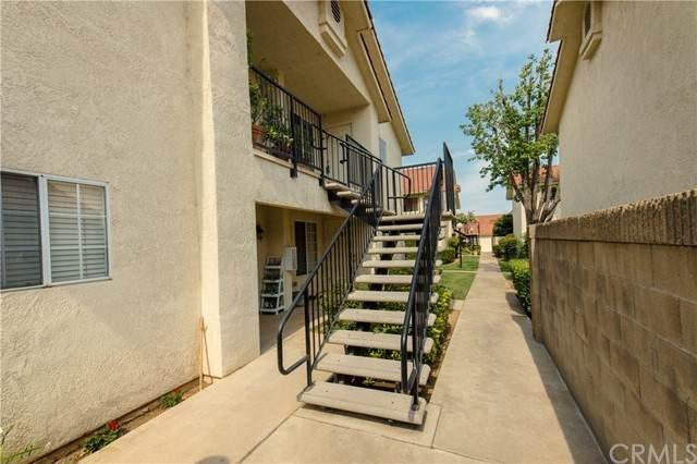 1542 E Alluvial Avenue #243, Fresno, CA 93720 (#FR21132050) :: Powerhouse Real Estate