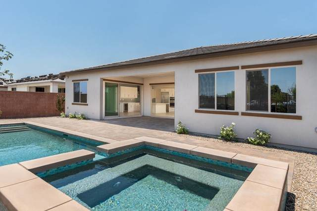 50460 Monterey Canyon Drive, Indio, CA 92201 (#219063663PS) :: Robyn Icenhower & Associates