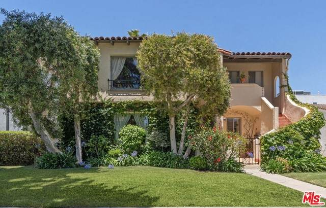 8423 W 4Th Street, Los Angeles (City), CA 90048 (#21750196) :: RE/MAX Empire Properties