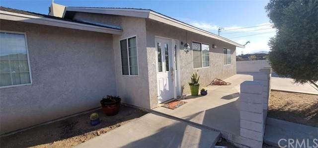 57603 Sunnyslope Drive, Yucca Valley, CA 92284 (#JT21132182) :: The Marelly Group | Sentry Residential