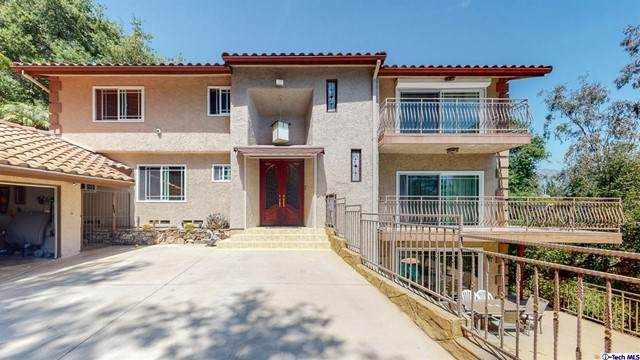 3311 Beaudry Terrace, Glendale, CA 91208 (#320006415) :: American Real Estate List & Sell