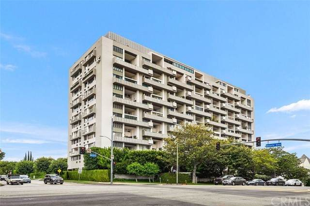 10375 Wilshire Boulevard - Photo 1